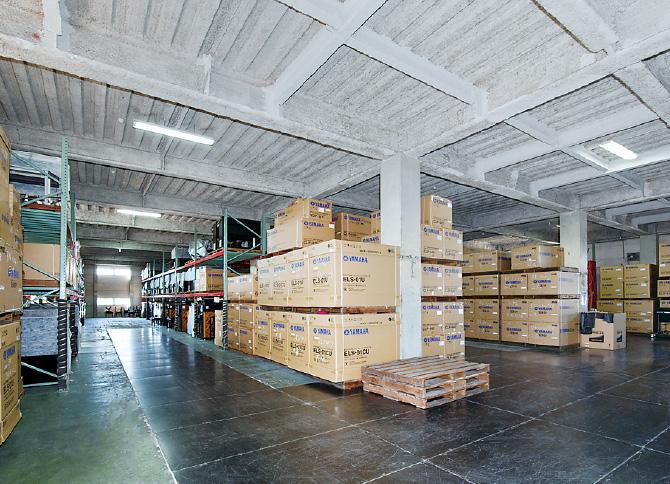 倉庫業務の画像